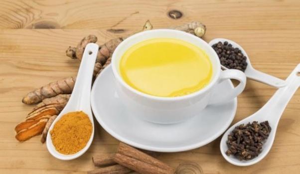Altın süt nedir ve faydaları nelerdir?