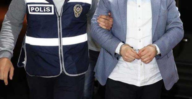 Isparta'da 33 öğretmen gözaltına alındı