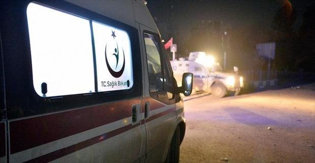Muş'ta polis aracı ile traktör çarpıştı: 4 yaralı
