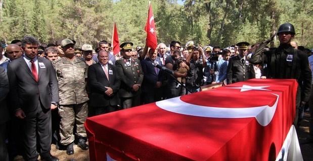 Şehit Yüzbaşı Muğla'da toprağa verildi