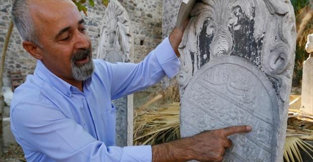 138 yıllık mezar taşında