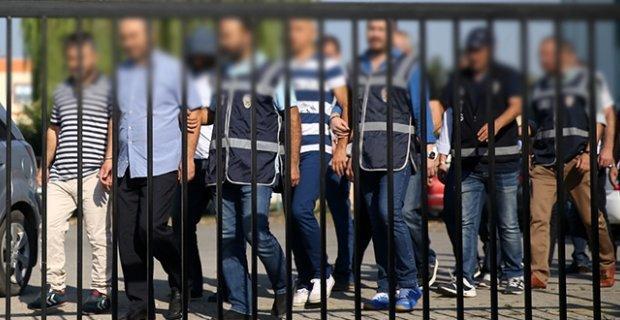 17 ilde FETÖ operasyonu: 74 askere gözaltı kararı