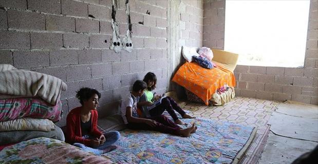 İnşaatta yaşayan aile yaşam mücadelesi veriyor