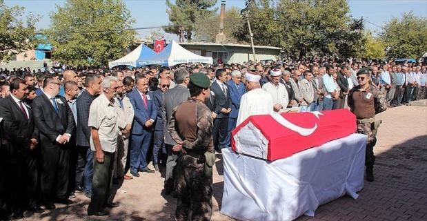 Gaziantep'te şehit düşen polis memuru Polat son yolculuğuna uğurlandı