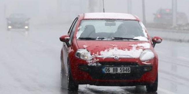 Ankara Valiliği: Zorunlu olmadıkça trafiğe çıkmayın