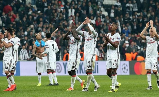 Beşiktaş, futbol ve basketbolda doludizgin