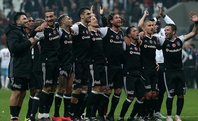 Beşiktaş takibini sürdürdü