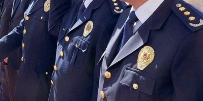 Rütbelilerin de olduğu 121 polis açığa alındı