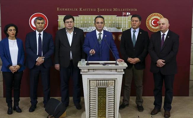 Meclis'te 2016 yılının basın toplantısı şampiyonu CHP
