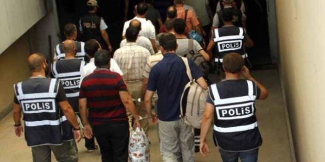 8 ilde FETÖ operasyonu: 'ByLock' kullanan 18 kişiye gözatı