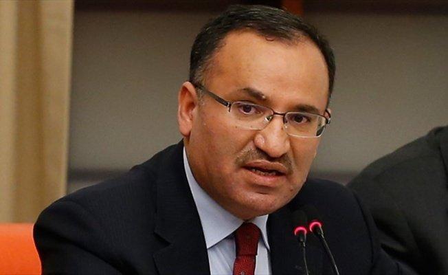 Adalet Bakanı Bozdağ: Bu bir hükümet sistemi değişikliğini gerçekleştiren tekliftir
