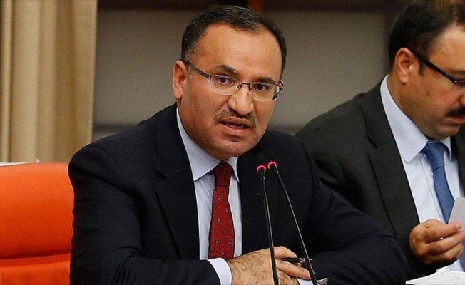 Adalet Bakanı Bozdağ: Cumhuriyetin niteliklerini değiştiren bir madde yok