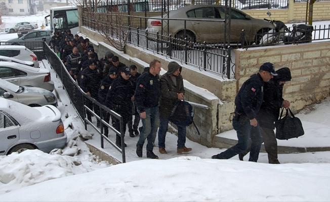 'ByLock' kullanan 31 asker ve 8 polis tutuklandı