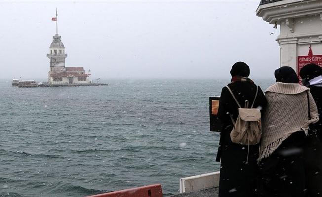 İstanbul'da kar yağışı etkisini sürdürecek