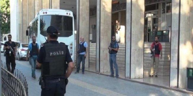 Kırşehir'de sağlık çalışanlarına operayonda gözaltı 30'a yükseldi