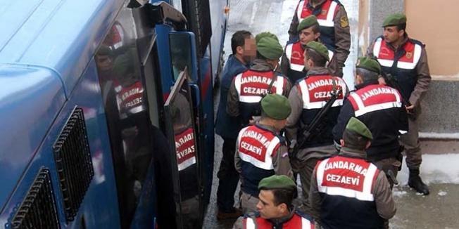 Nevşehir'de 3'ü öğretmen, 5 kamu görevlisi tutuklandı
