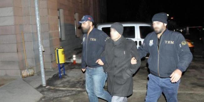 Yozgat'ta gözaltına alınan 2 öğretmen tutuklandı