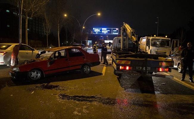 Başkentte zincirleme trafik kazası: 4 yaralı