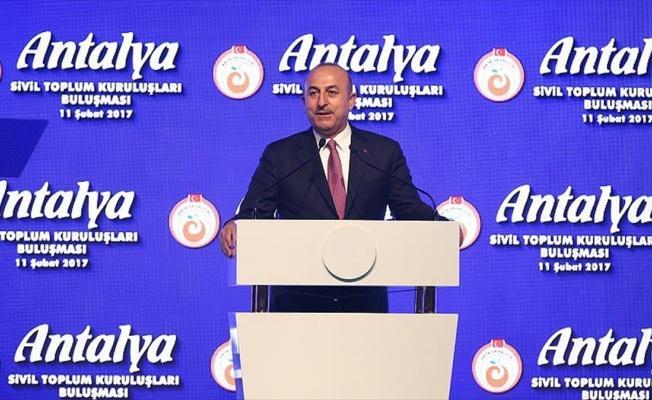 Dışişleri Bakanı Çavuşoğlu: Yurt dışından gelecek turistler için engelleri bir bir kaldırıyoruz