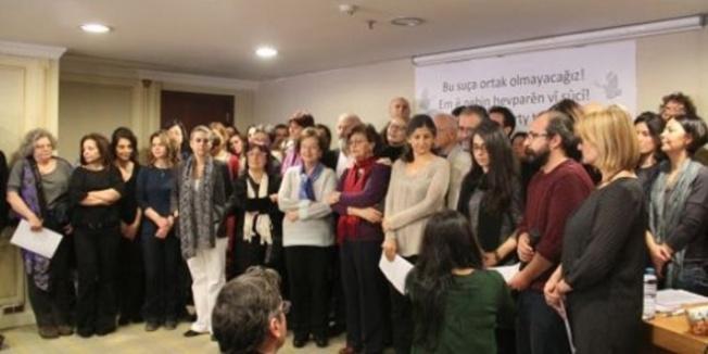 İmzaları çekmeyen akademisyenler ihraç edilmiş
