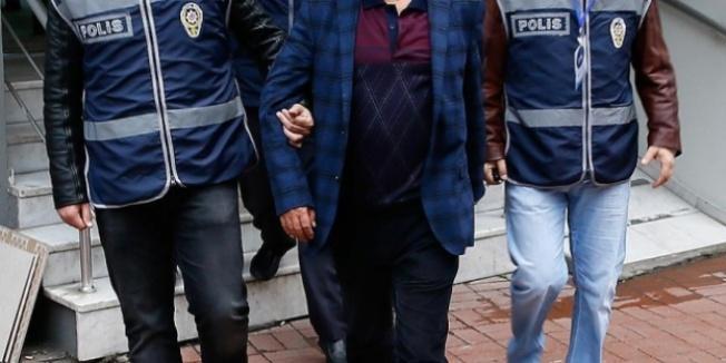 Tıp fakültesi dekanı FETÖ'den gözaltına alındı