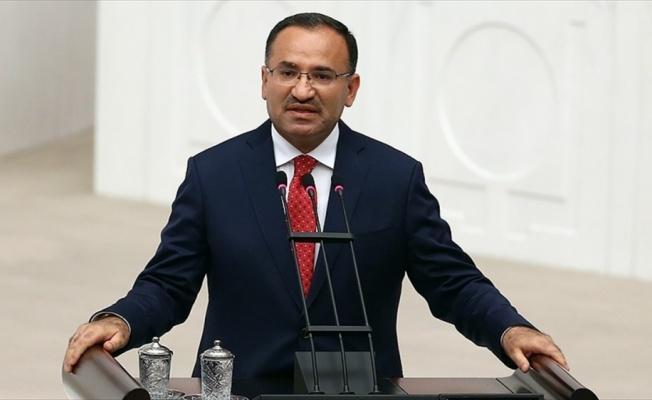 Adalet Bakanı Bozdağ: AKPM'nin kararını şiddetle kınıyor ve reddediyorum