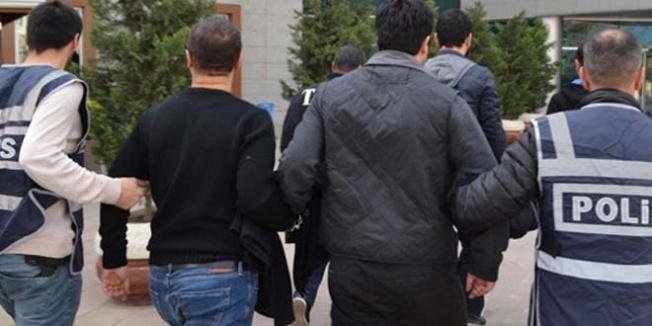 Gözaltına alınan 20 rütbeli askerden 10'u tutuklandı