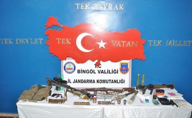 Bingöl'de PKK'ya ait çok sayıda mühimmat ele geçirildi