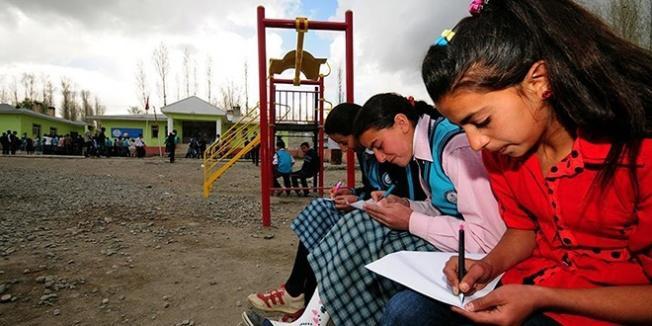 MEB 2 yılda 5 bin 22 kız öğrenciyi eğitime kazandırdı