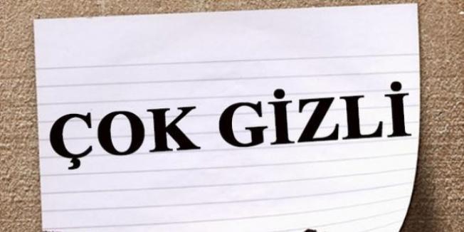 'Çok gizli' yazan notu yutarken yakalandı