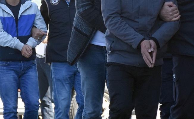 FETÖ'nün gaybubet evlerine operasyon: 47 gözaltı