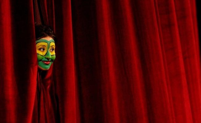 Şehir Tiyatroları'nda bu ay 36 oyun seyirciyle buluşacak