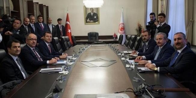 AK Parti-MHP ittifakında komisyon çalışması tamamlandı