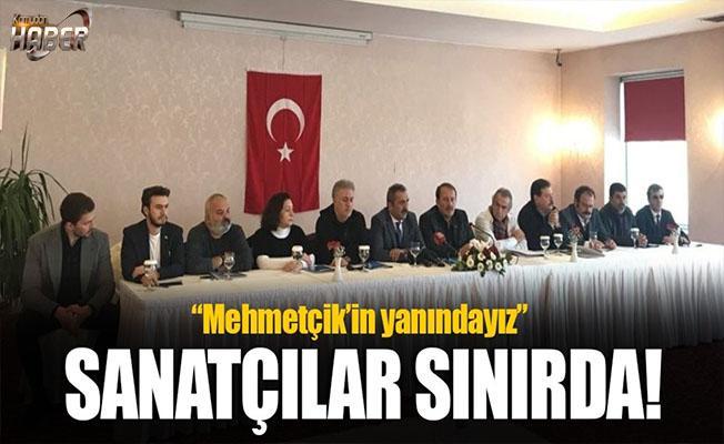 Sanatçılardan Mehmetçik'e destek!