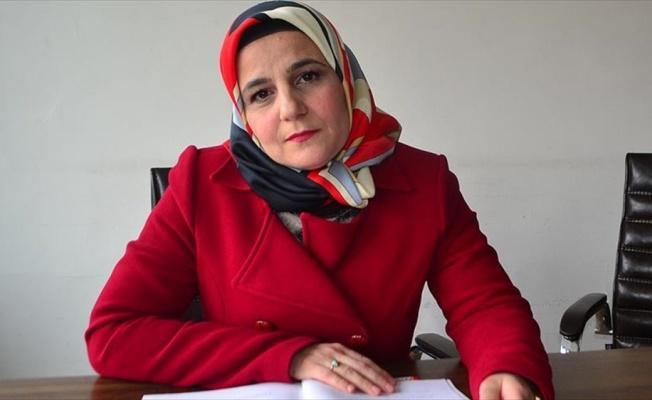 Suriyeli öğretmen anne çocuklar için mücadele ediyor