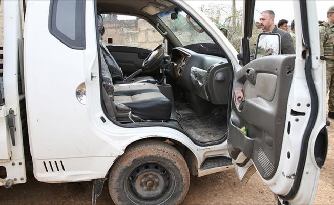 YPG/PKK'lı teröristler sivillerin bulunduğu araca saldırdı