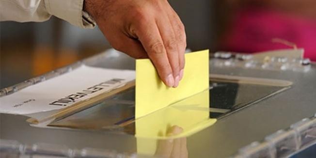 24 Haziran'da oy kullanacaklara 'eski kimlik' uyarısı