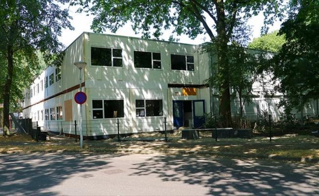 Hollanda'da FETÖ okuluna belediyeden destek