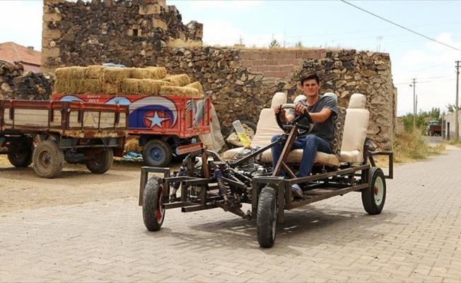 Lise mezunu genç, kendi arabasını yaptı