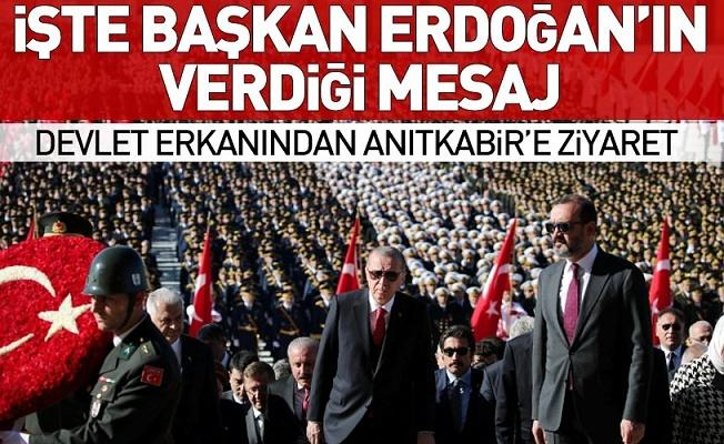 Cumhuriyetimiz 95 yaşında! Başkan Erdoğan Anıtkabir'de önemli 29 Ekim mesajı.