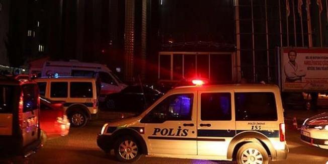Belediye başkanına silahlı saldırı: 2 yaralı