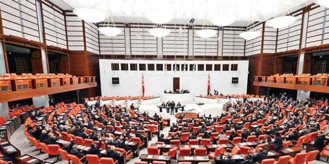 AK Parti: Kira artışı konusunda 'ÜFE, TÜFE' oranları hakkında değişiklik yapabiliriz