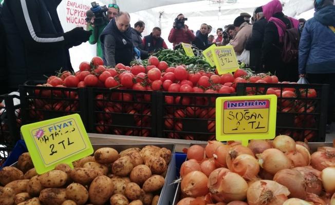 Tanzim sebze- meyve satışları halkı memnun ediyor.