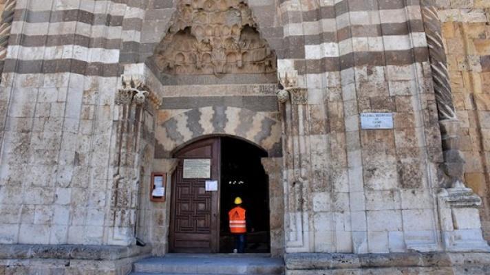 800 yıllık medreseye en kapsamlı restorasyon!