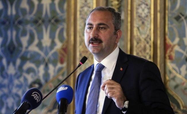 Adalet Bakanı Gül, skandal AP raporuna sert tepki gösterdi.