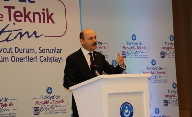 Türk Eğitim Sen Mesleki ve Teknik Eğitim Çalıştayı Başladı.