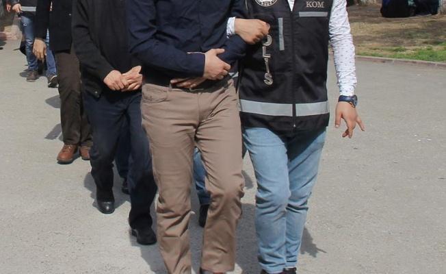 FETÖ'nün hücre evlerine operasyonda 5 kişi tutuklandı