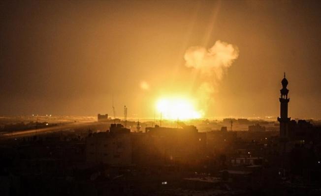 İsrail'den Gazze'ye hava saldırısı: 2 şehit
