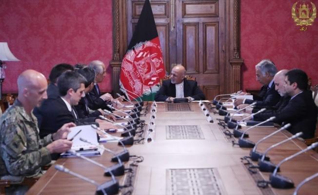 Afganistan Cumhurbaşkanı Gani, ABD Temsilcisi Halilzad'la görüştü