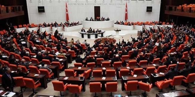 CHP'den bir aylık zorunlu askerlik kaldırılsın talebi